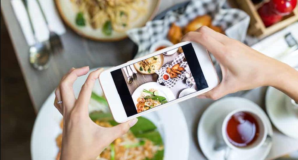 Cách quảng cáo nhà hàng với chiến lược truyền thông